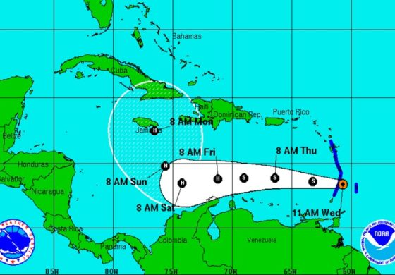 tropical-storm-matthew-560x390